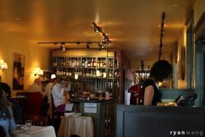cafenola_inside